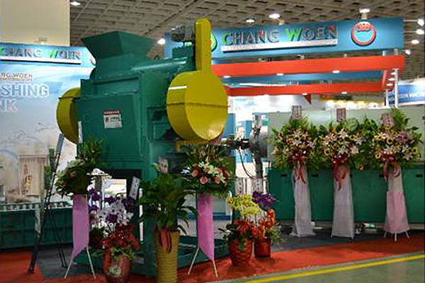 Chang Woen Machinery recycling equipment show up at Taipei Plas 2016